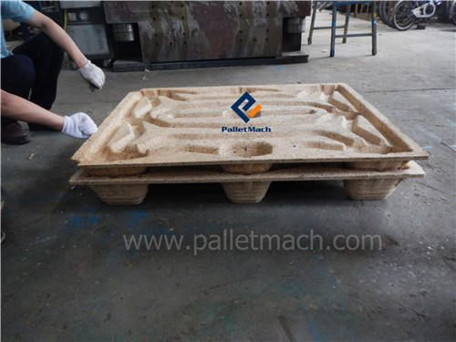 finished pallets of wood pallet making machine