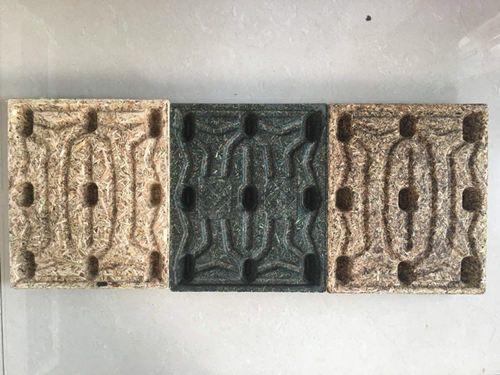 mini molded wooden pallet